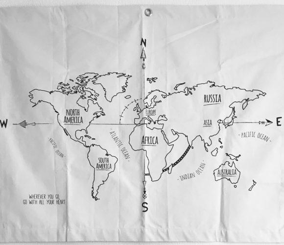 Le Kakémono map monde