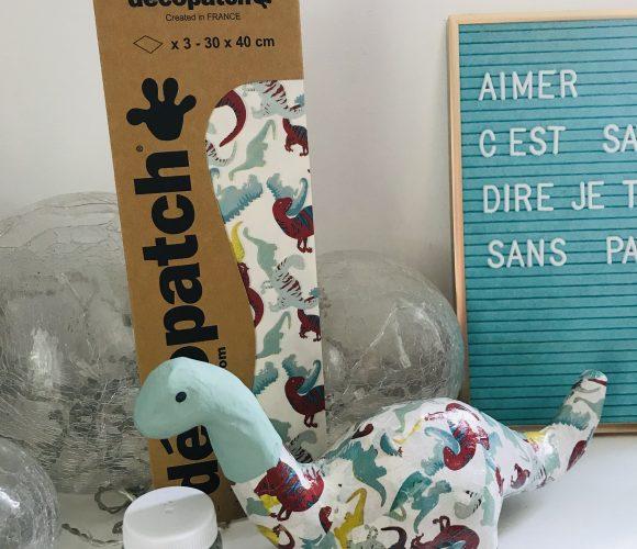 Mon brontosaure en carton !
