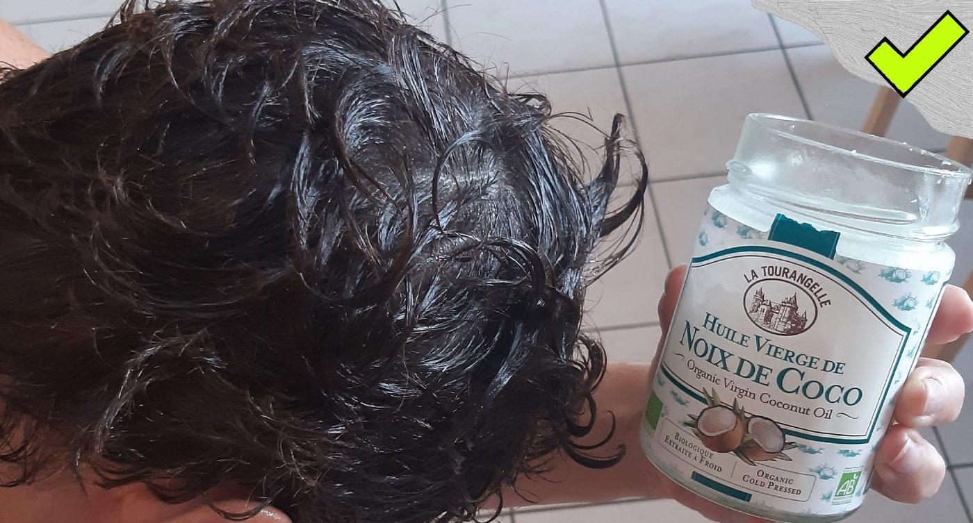 Huile noix de coco   -  Astuce : cheveux soyeux !!