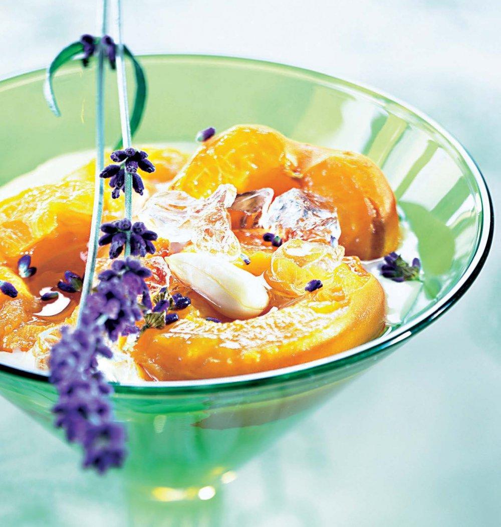 Abricots au lait d'amandes et Fleur de Lavande