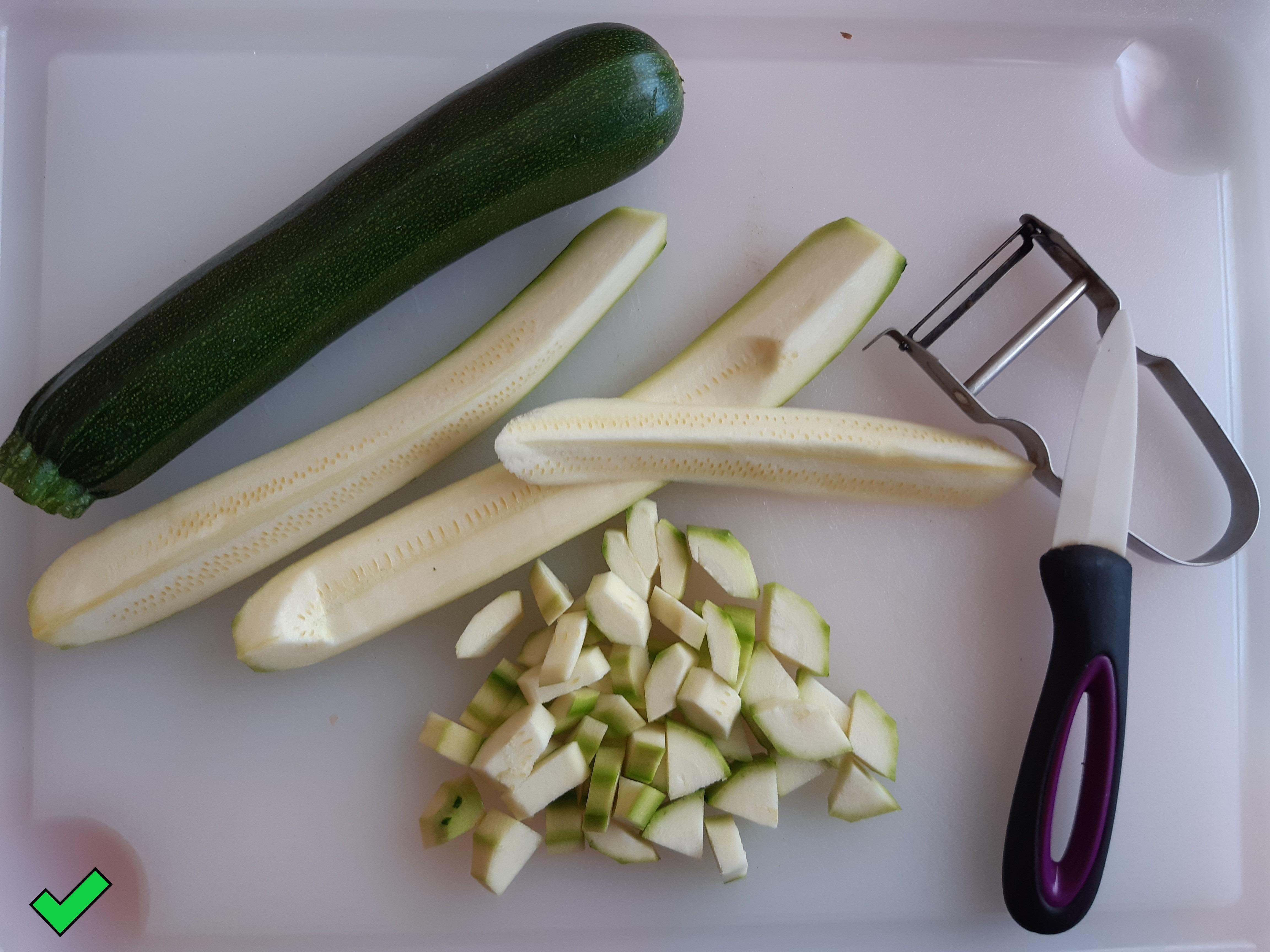 Astuce :   vous n'avez pas de concombre pour votre salade  !!!