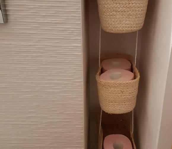 Créer un Rangement rouleaux de papier toilette – DIY