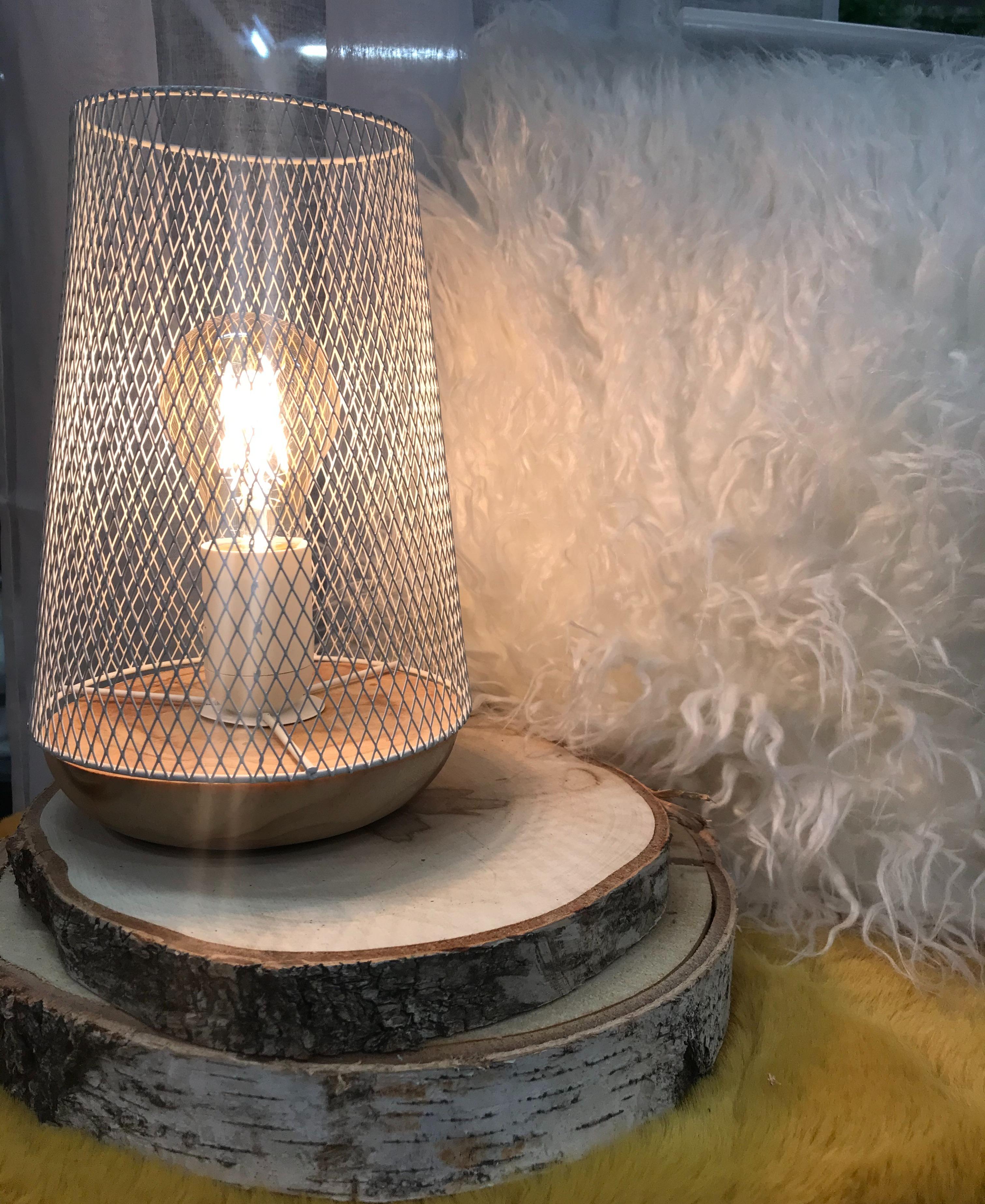 J'ai testé pour vous lampe en métal et bois