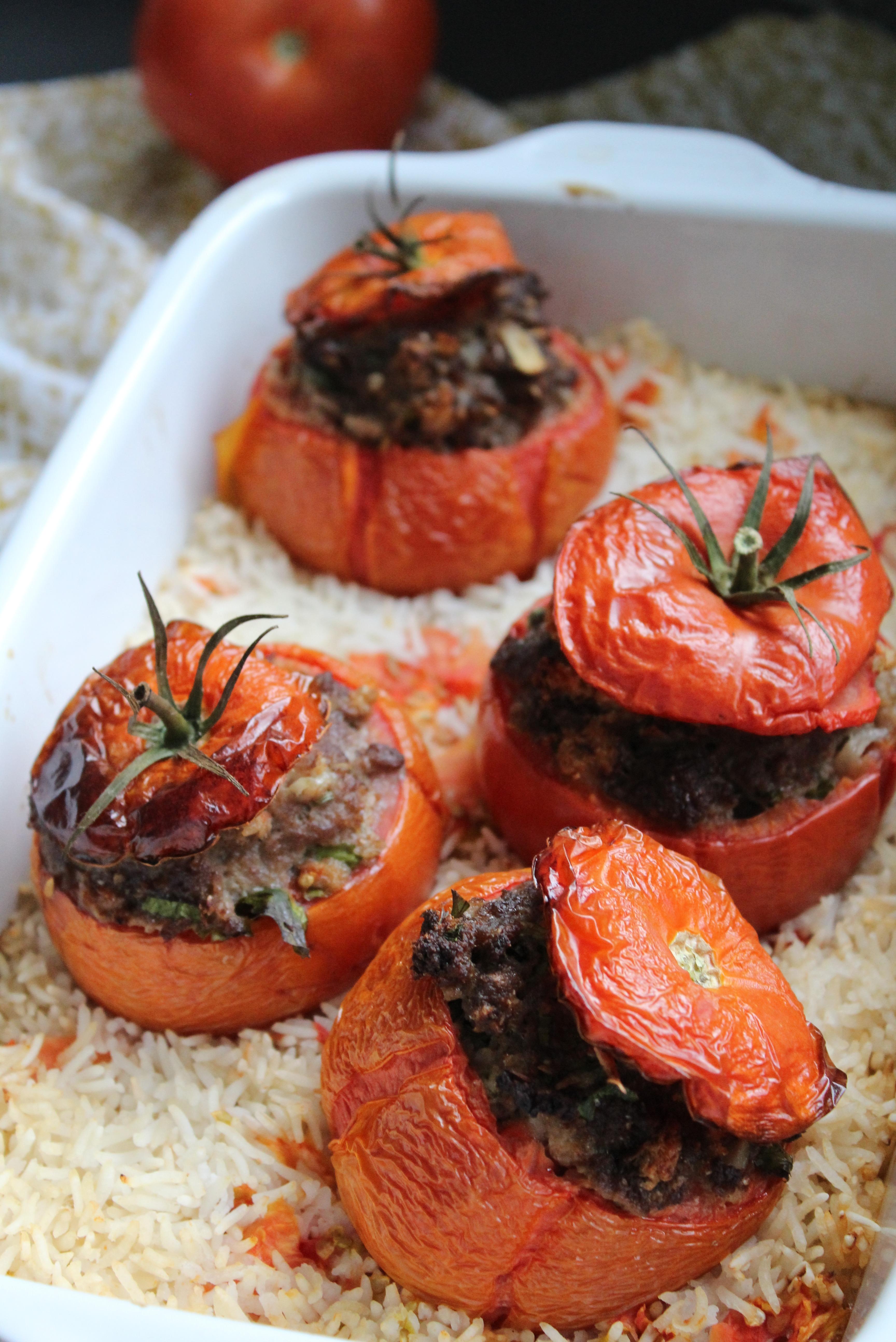 Tomates farcies à la viande haché
