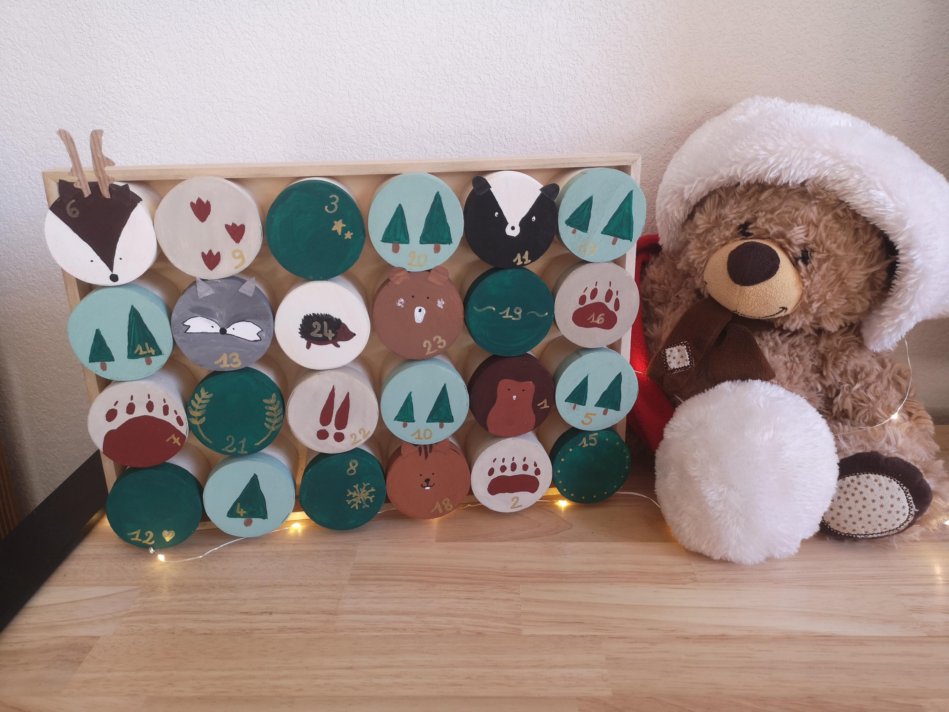J'ai testé pour vous calendrier de l'avent 24 boîtes sur plateau bois