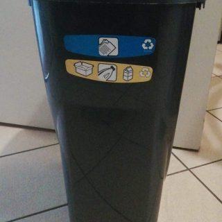 J'ai testé pour vous la poubelle touche en plastique Ecolunga