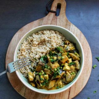 Curry aubergine tofu