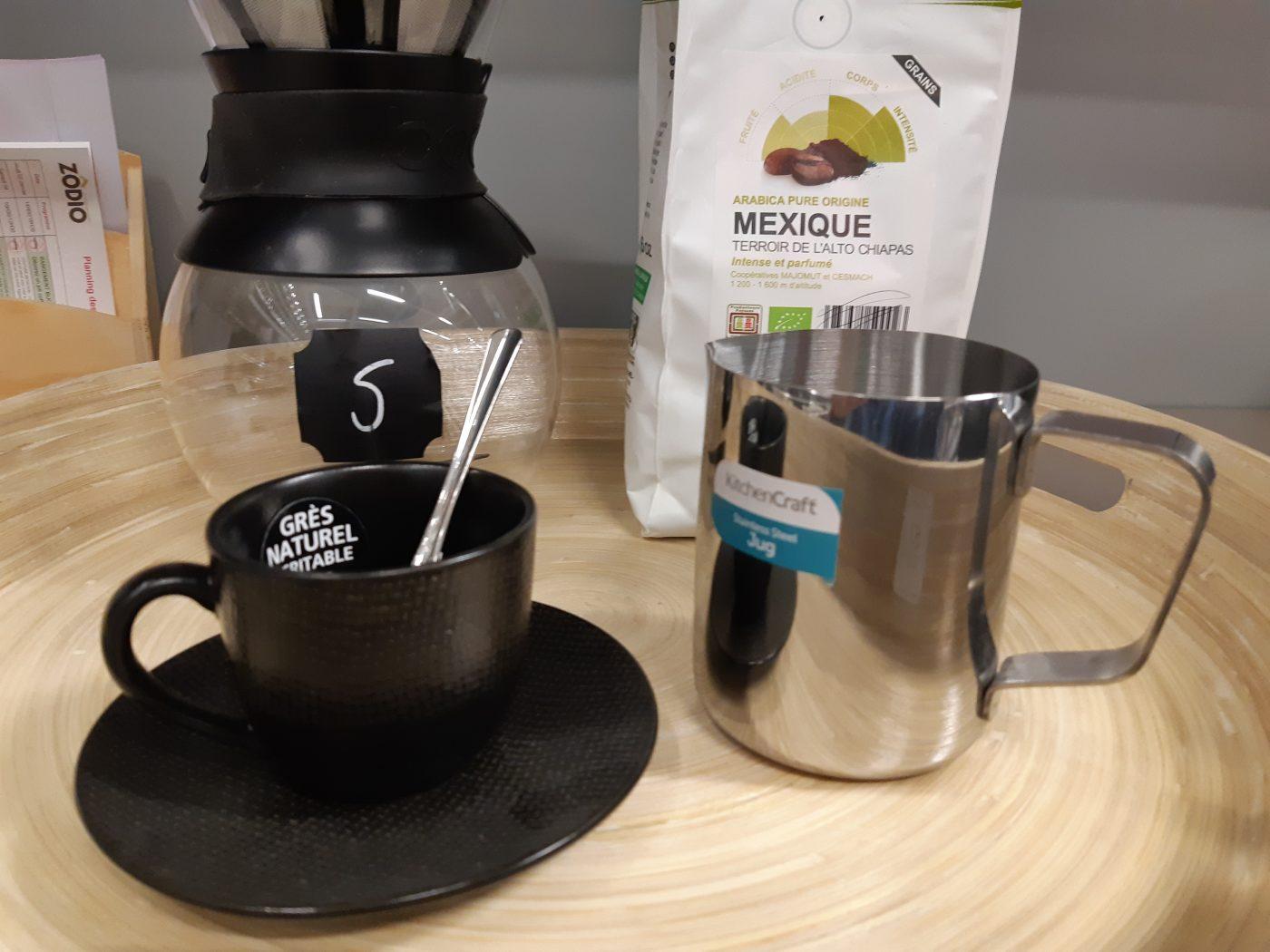J'ai testé pour vous mon café mousse Araku avec le pot a lait