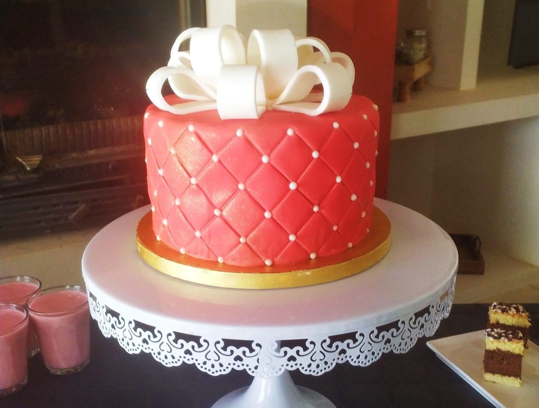 J'ai testé pour vous le présentoir à gâteau dentelle de Patis Decor