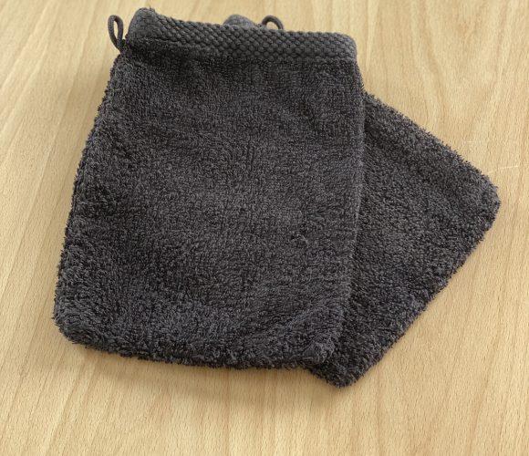 J'ai testé pour vous gant de toilette en coton éponge noir