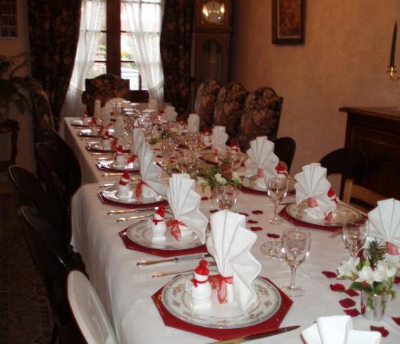 Marque place et déco de tables de Noël