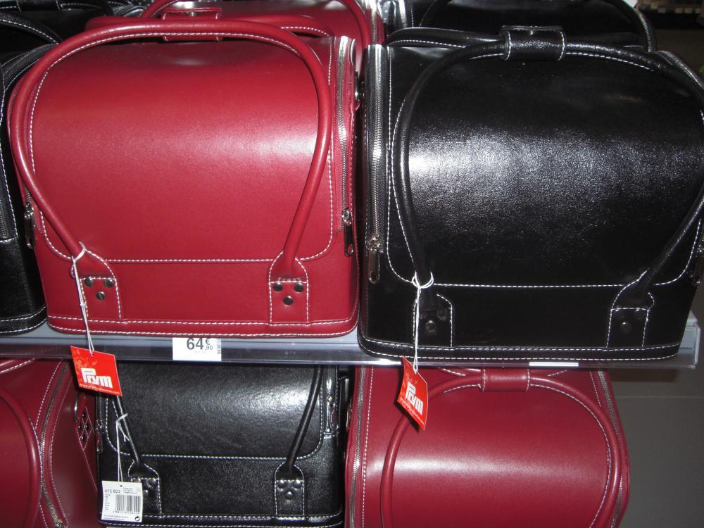 j'ai choisi pour vous la malette de rangement couture