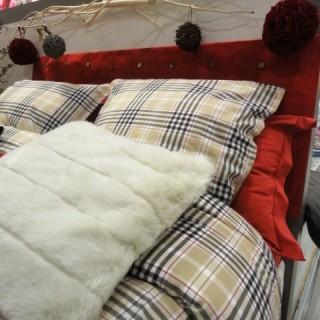 j 39 ai choisi pour ma copine manon la housse de couette fa on burberry blog z dio. Black Bedroom Furniture Sets. Home Design Ideas