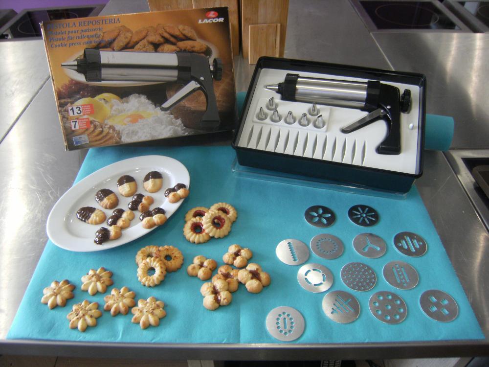 J 39 ai test pour vous le pistolet biscuits blog z dio for Pistolet cuisine