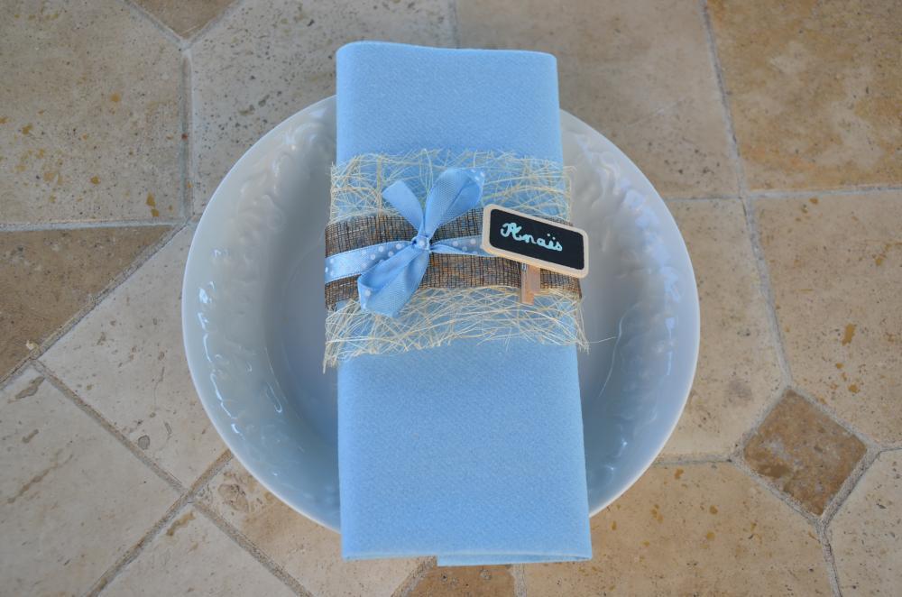 pliage serviette pour bapteme du petit gar on blog z dio. Black Bedroom Furniture Sets. Home Design Ideas