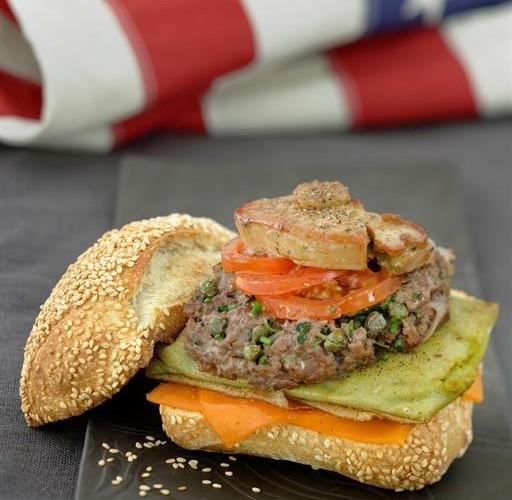 Le fameux burger revisité au foie gras