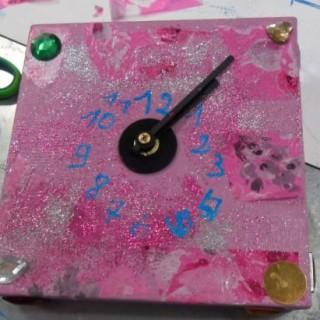Atelier enfant je r alise une mini horloge blog z dio for Horloge zodio