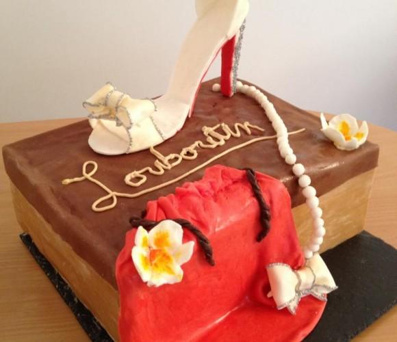 Gâteau d'anniversaire chaussure Louboutin