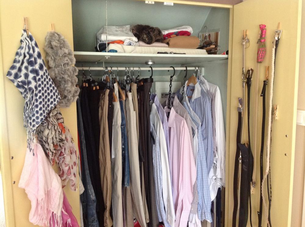 mon astuce pour ranger foulards et ceintures blog z dio. Black Bedroom Furniture Sets. Home Design Ideas