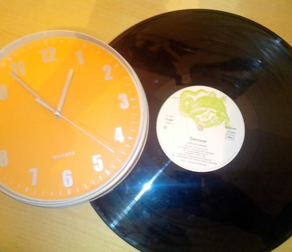 Quand un vinyle donne l'heure…