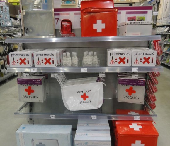 Des boites à pharmacie