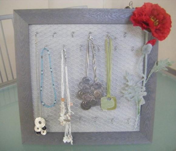 Cadre accroche bijoux
