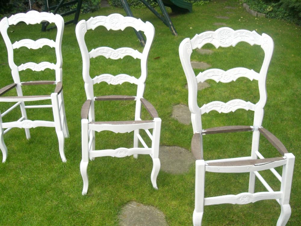 la m tamorphose de 3 chaises en paille blog z dio. Black Bedroom Furniture Sets. Home Design Ideas