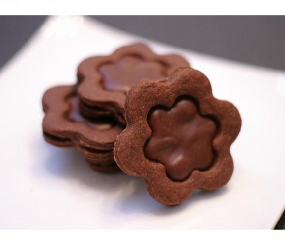 Des biscuits très chocolat pour attendre Noël…