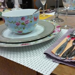 je prepare une table pour un diner en amoureux