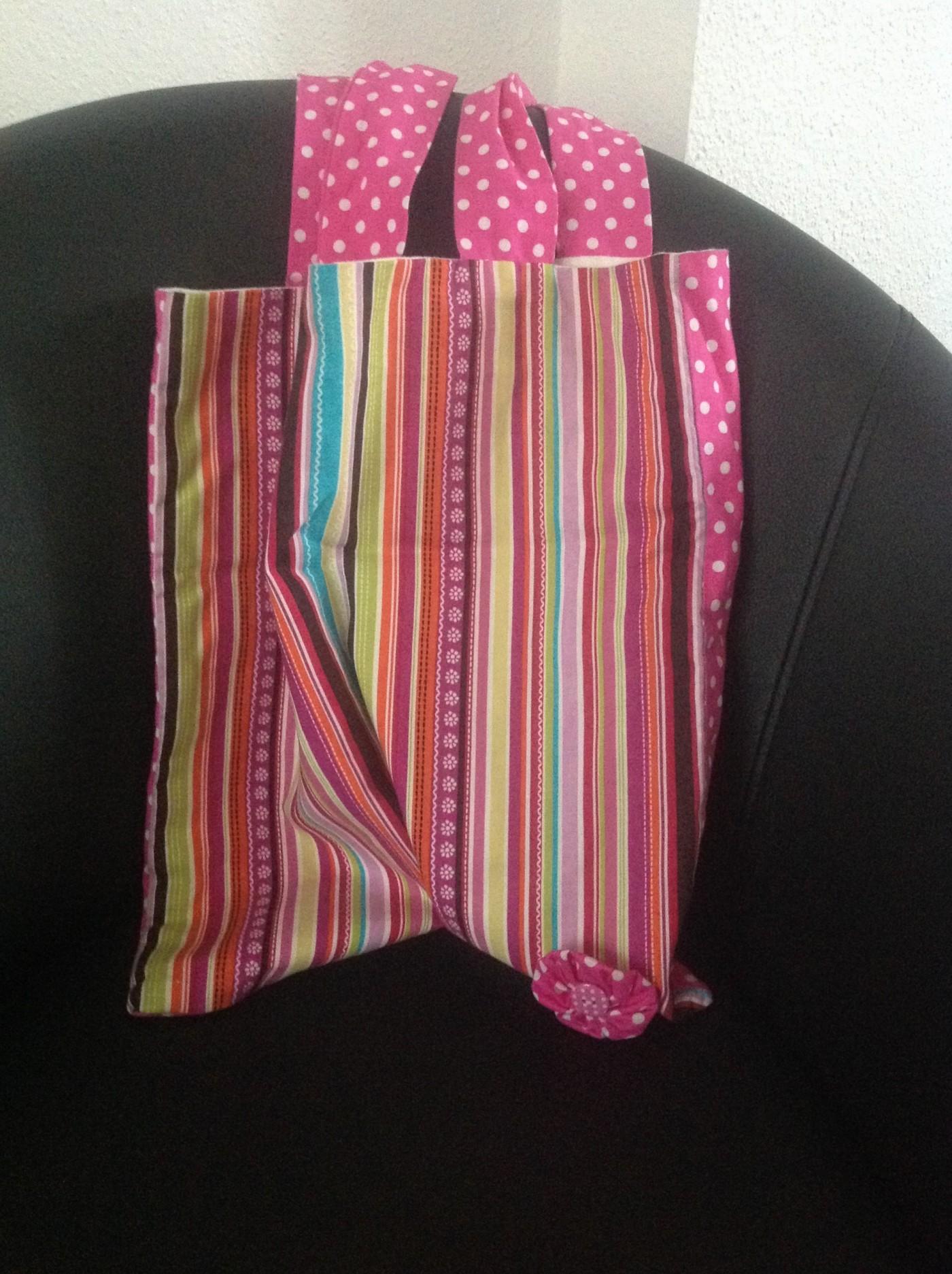 Un sac coloré en attendant les beaux jours !!! (Blog Zôdio) 3c3b192460ff