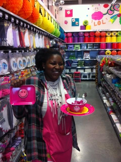 j'ai choisi pour ma fille la vaisselle smiley