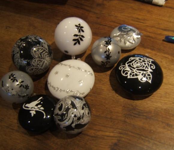 Créez des boules personnalisées pour votre sapin